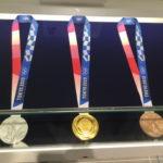2019年9月にオープンしたオリンピックミュージアムにTOKYO2020大会のメダル&聖火トーチを展示